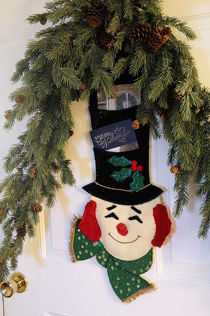 Vintage Bucilla snowman Christmas card holder