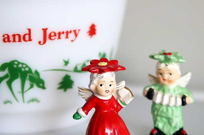 Retro Christmas Decor Around The House