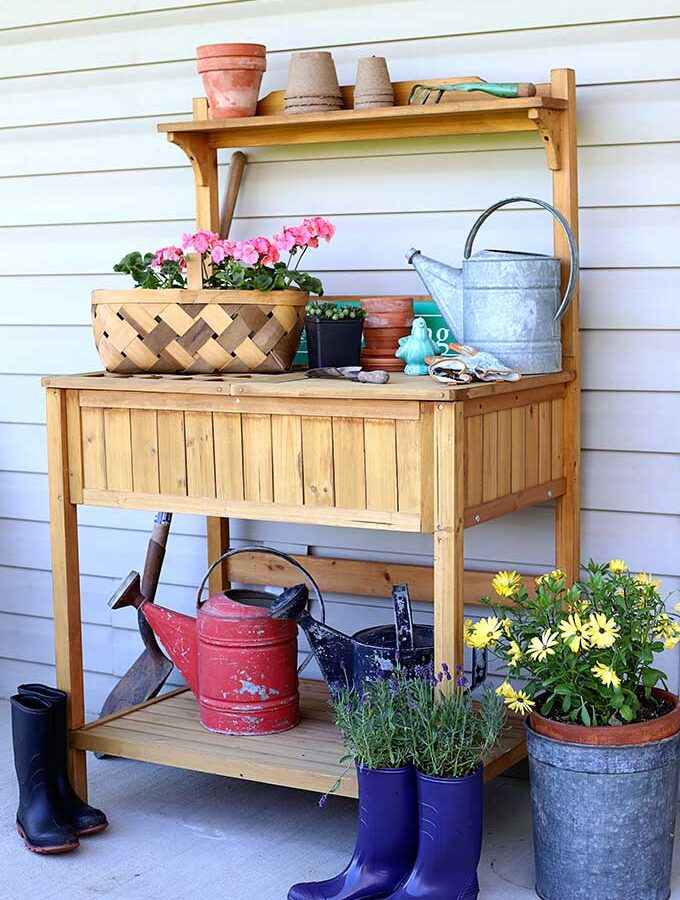 Outdoor Potting Bench Tour
