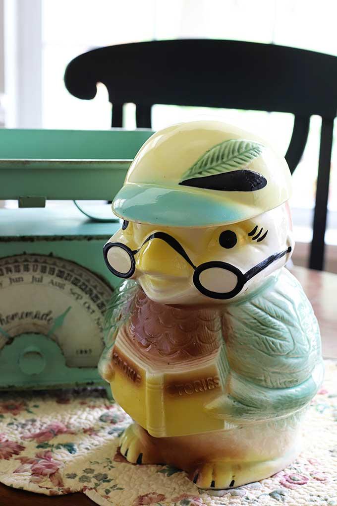 vintage Robinson-Ransbottom owl cookie jar