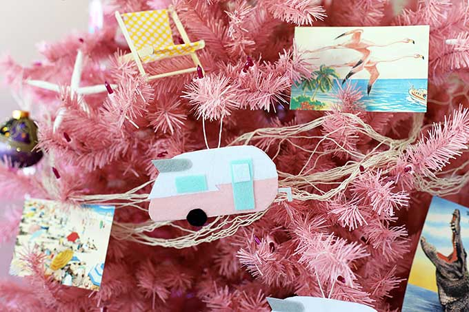 DIY vintage camper Christmas ornament tutorial