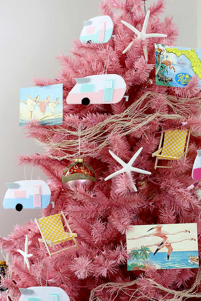 how to make super cute vintage camper christmas ornaments perfect for a camping beach or travel themed christmas tree