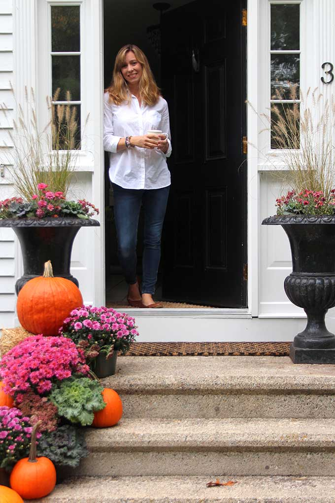 Classic New England fall front porch decor from Shine Your Light