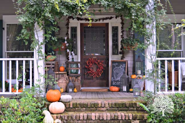 Eclectic, rustic fall porch decor ideas from Cottage In The Oaks