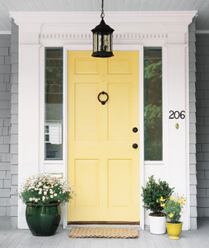Benjamin Moore Hawthorne Yellow paint - favorite front door paint colors