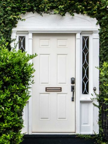 how to paint front door without removing it