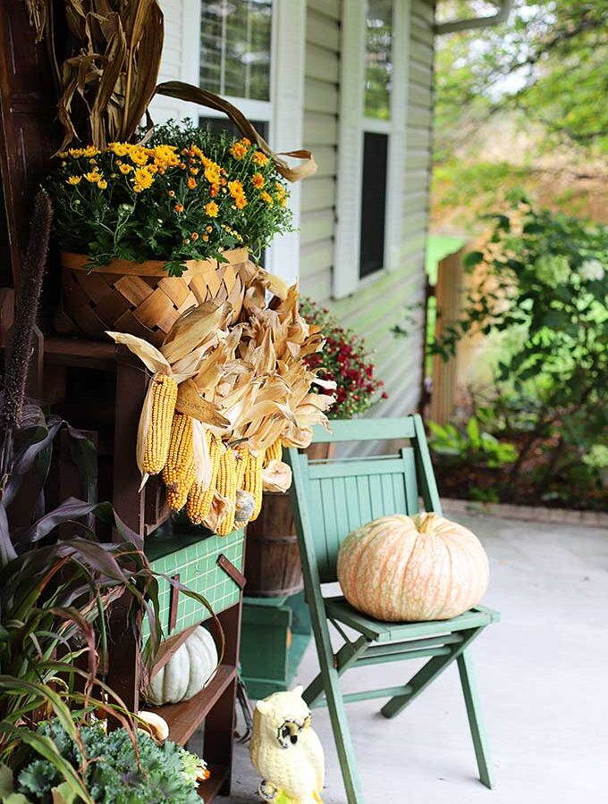 Simple Fall Porch Decorating On The Cheap
