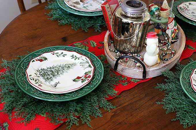 Better Homes And Gardens Christmas dinnerware