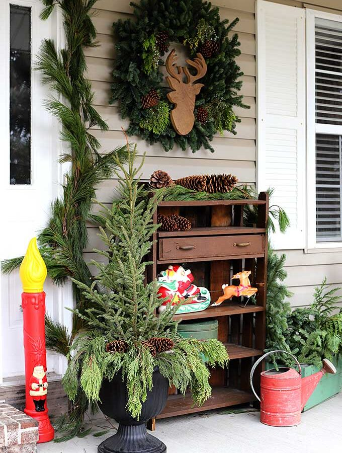 Adding Retro To Your Christmas Porch Decor