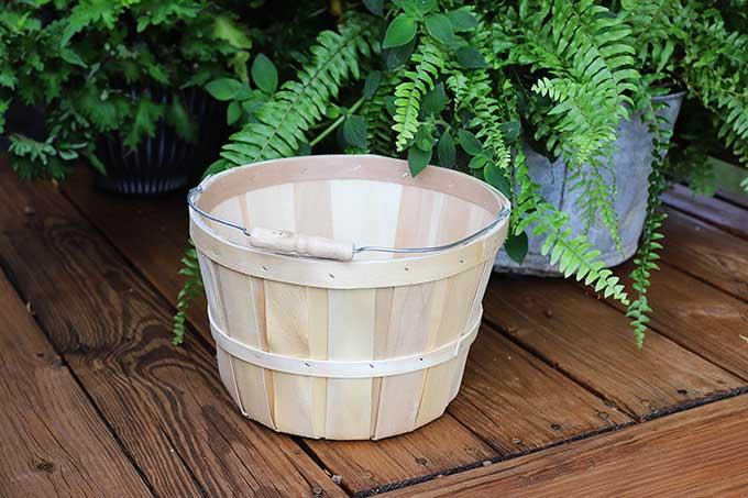 Bushel basket craft idea.