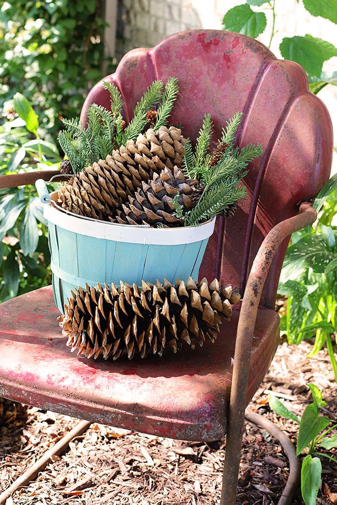 Bushel basket makeover project for Christmas porch decor.