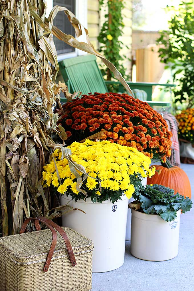 crocks and mums for fall porch decor