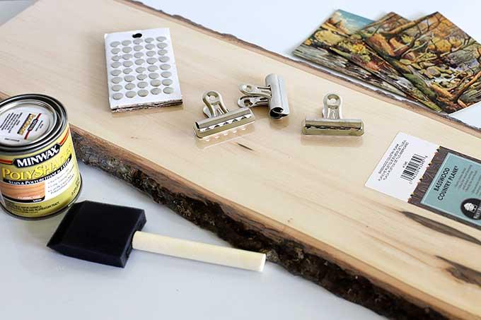 DIY Wooden postcard display idea