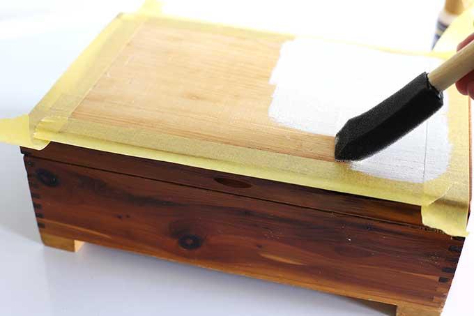 Upcycling cedar box