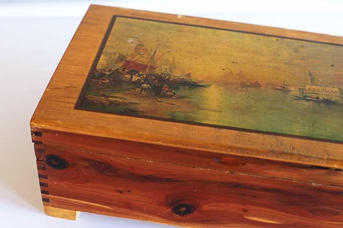 cedar box for dresser