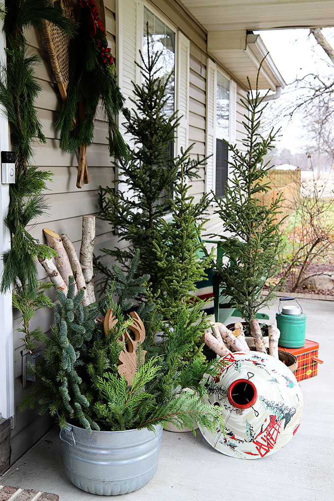 rustic Christmas front porch decorations