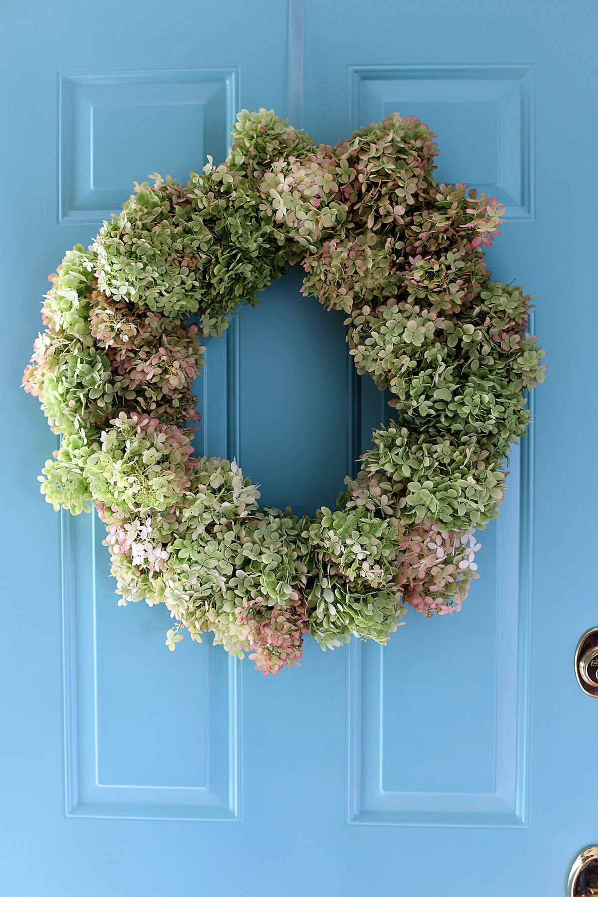 how to make a hydrangea wreath for your door
