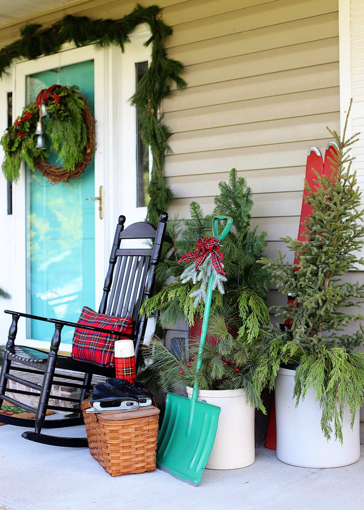 holiday porch decor