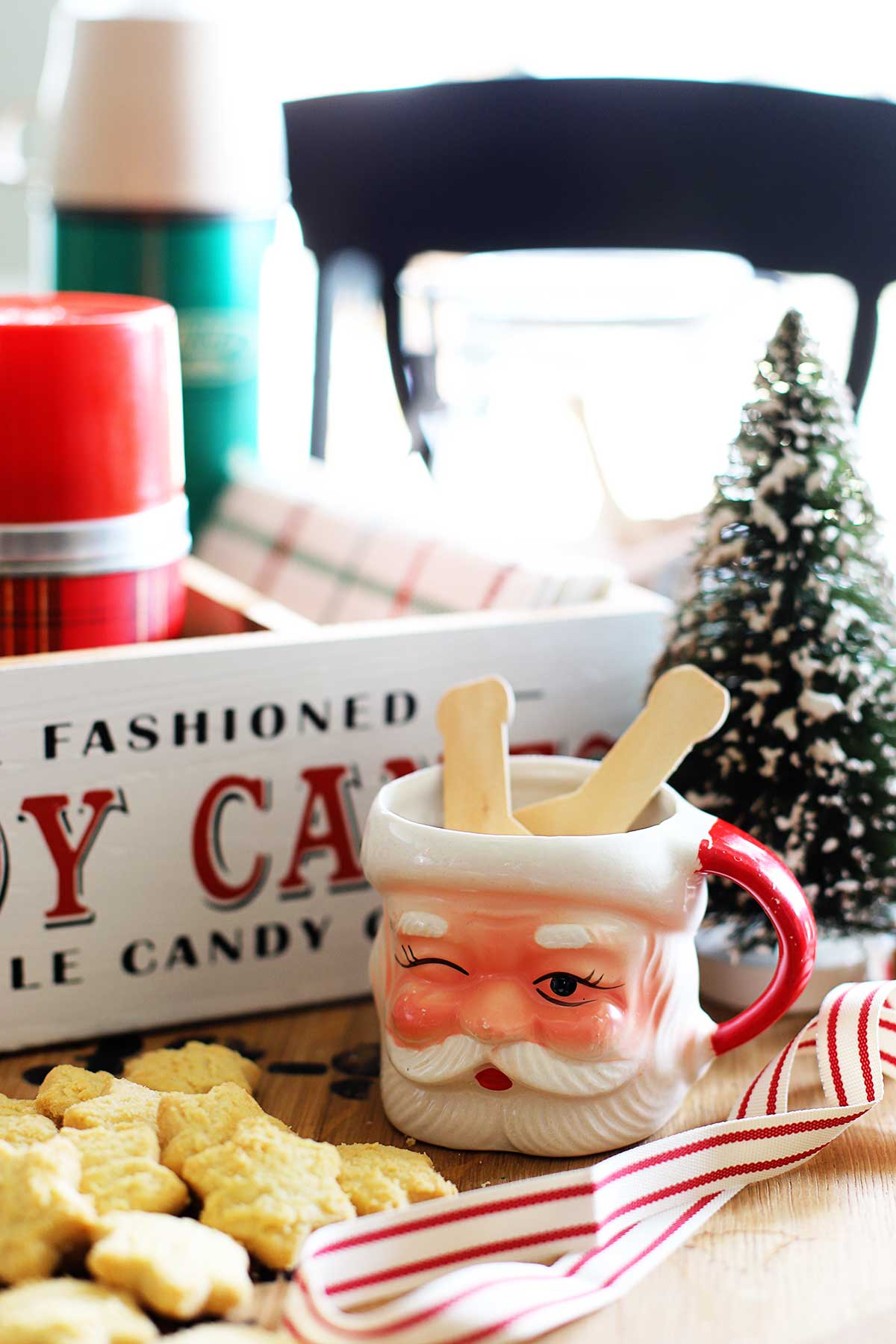 vintage Santa mug used in hot chocolate bar
