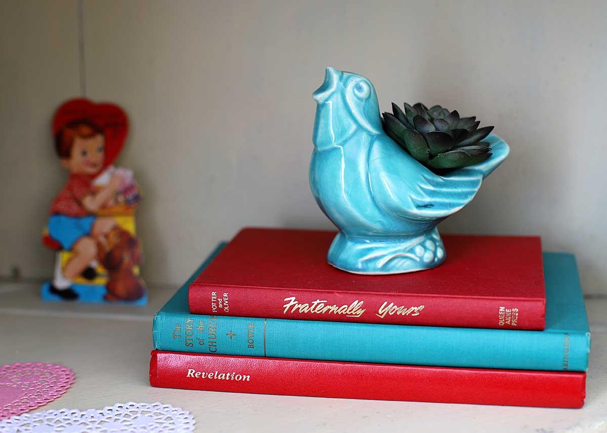 vintage blue McCoy bird planter